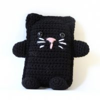 Amigurumi Cat by Lion Brand Yarn