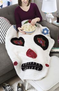 Skull Kids Snuggies from Leisure Arts. Review by Oombawka Design Crochet