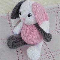 Hanna Bunny Free Pattern by Hakelfieber Austria