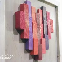 Wooden Heart Decor. Featured at the Wednesday Link Party.