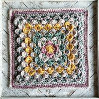 Finding Balance Afghan Square Pattern from Rhondda Mol OombawkaDesignCrochet 2019