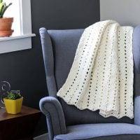 Free Modern Chunky Crochet Blanket Pattern