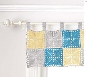 Valance. Doilies Updated. Leisure Arts. Review by Oombawka Design Crochet