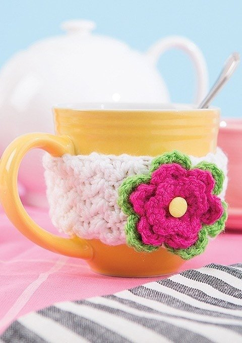 Flower Mug Cozy Happy Crochet Leisure Arts Book Review by Rhondda at Oombawka Design Crochet