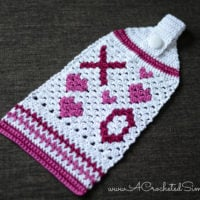 Hugs & Kisses Towel Pattern