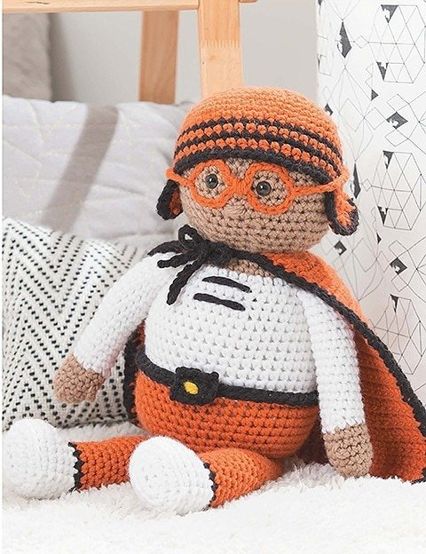 Anton Atomic Flyer Huggable Superheros Leisure Arts eBook Review Oombawka Design Crochet