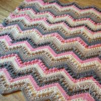 Crochet Hugs and Kisses Baby Blanket Pattern