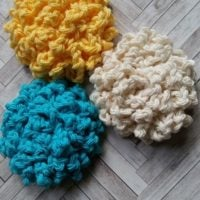 Featured at Wednesday Link Party 310: Endless Summer Facial Scrubbies by Eye Love Knots