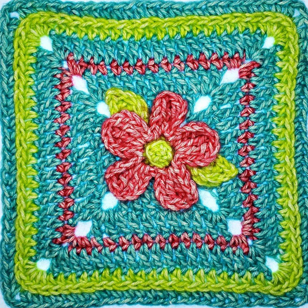 5 Petal Flower Afghan Square Pattern by Rhondda Mol of Oombawka Design Crochet