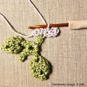 2 Flowers Pretty Posies Square Oombawka Design Crochet
