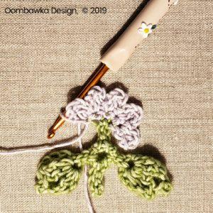 3 Flowers Pretty Posies Square Oombawka Design Crochet