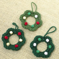 Easy Crochet Wreath Christmas Ornament Pattern
