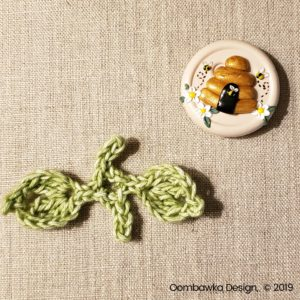 Pretty Posies Leaves Oombawka Design Crochet
