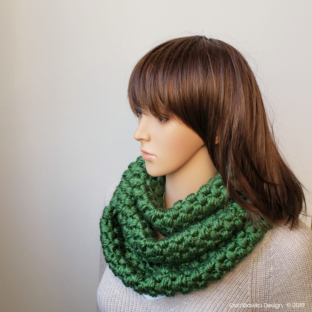 Verna Puff Stitch Infinity Scarf Pattern by Oombawka Design