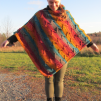 Featured at Wednesday Link Party 311 Zig Zag Poncho Pattern Catilin's Contagious Creations
