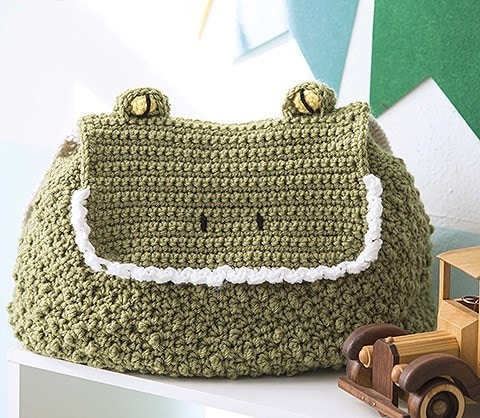 ALLIGATOR Animal Backpacks from Leisure Arts Book Review by Oombawka Design Crochet