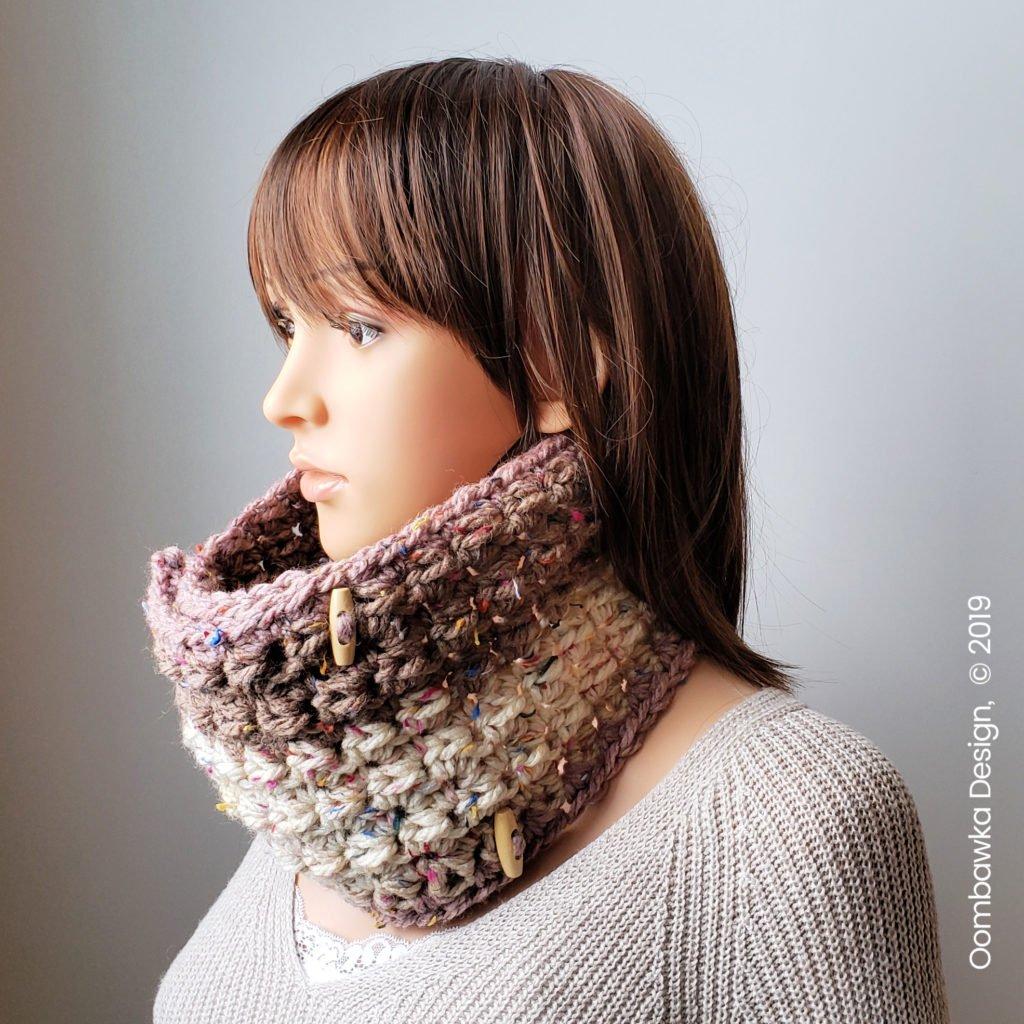 Carol Cowl Crochet Pattern by Rhondda Mol