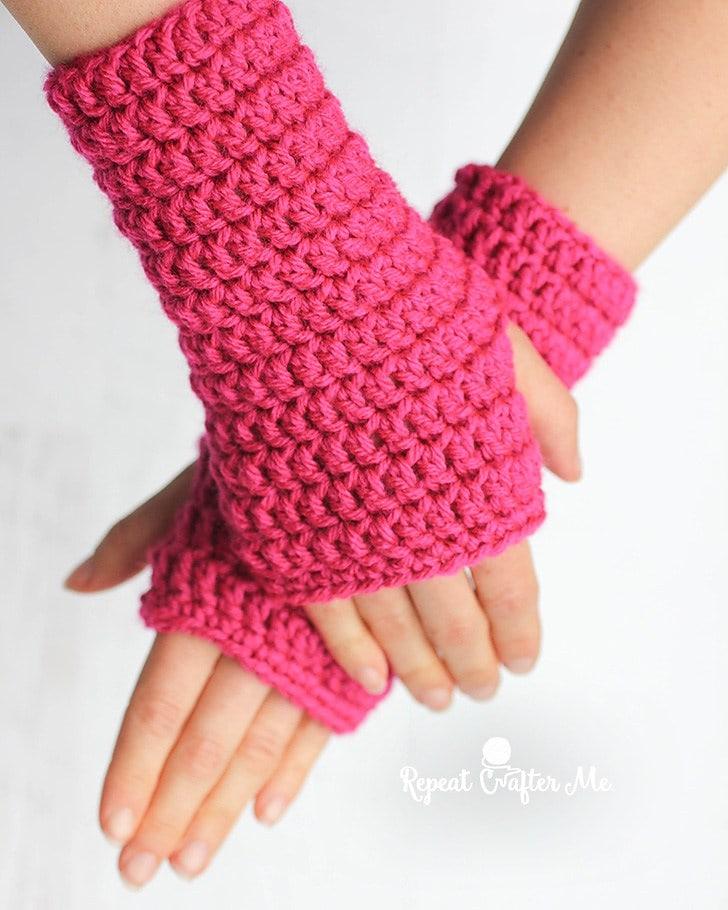 50-Minute Fingerless Gloves Pattern