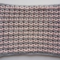 Love-is-in-the-Air-Valentines-Cowl-Oombawka-design