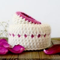Jewelry Catcher Crochet Baskets by Mama in a Stitch