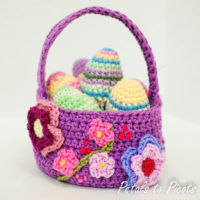 Easter Basket Pattern featured at Free Pattern Friday with Oombawka Design
