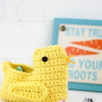Spring Chick Basket Crochet Pattern - Featured at Free Pattern Friday with Oombawka Design Crochet