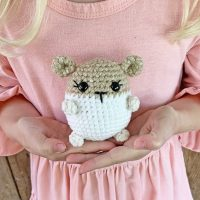 FEATURED: Free Crochet Hamster Pattern | Grace and Yarn