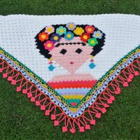C2C Shawl Frida Kahlo Featured at Wednesday Link Party