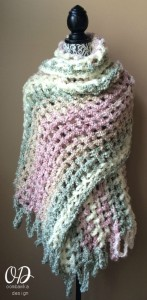 Gentle Solace Prayer Shawl | Friendship Shawl | Free Pattern @OombawkaDesign