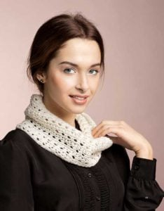 Lace Cowl - ULTIMATE Oval Loom Knitting Set - Review OombawkaDesignCrochet