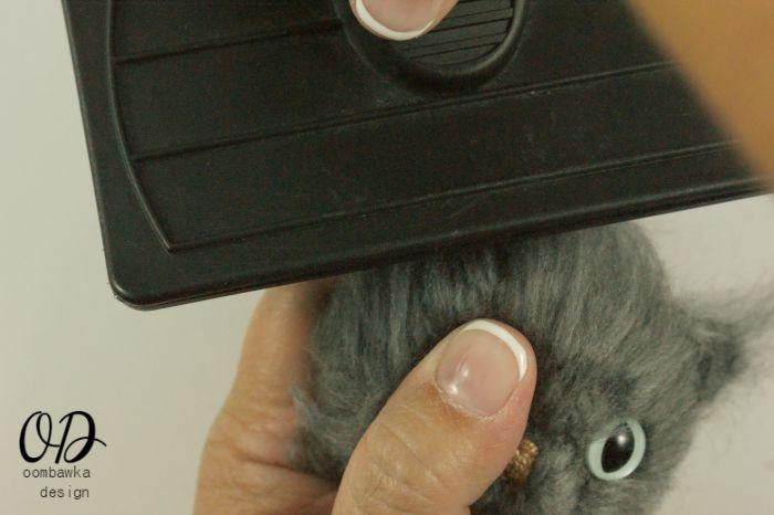 Brush Ears | Little Oombawkas | Mini Meow CAL | Oombawka Design