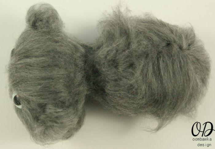 Brush Behind Ears | | Little Oombawkas | Mini Meow CAL | Oombawka Design