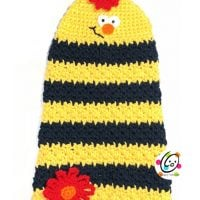 Bee Happy Towel Featured Free Pattern Friday
