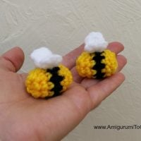 Crochet-Bumblebee-Pattern-Featured Free Pattern Friday