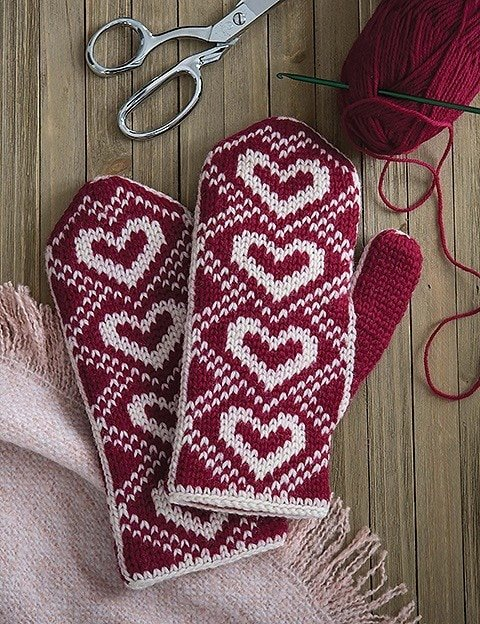 Hearts Mitten without Cuff - Fair Isle Mittens Leisure Arts - Review by Rhondda Mol
