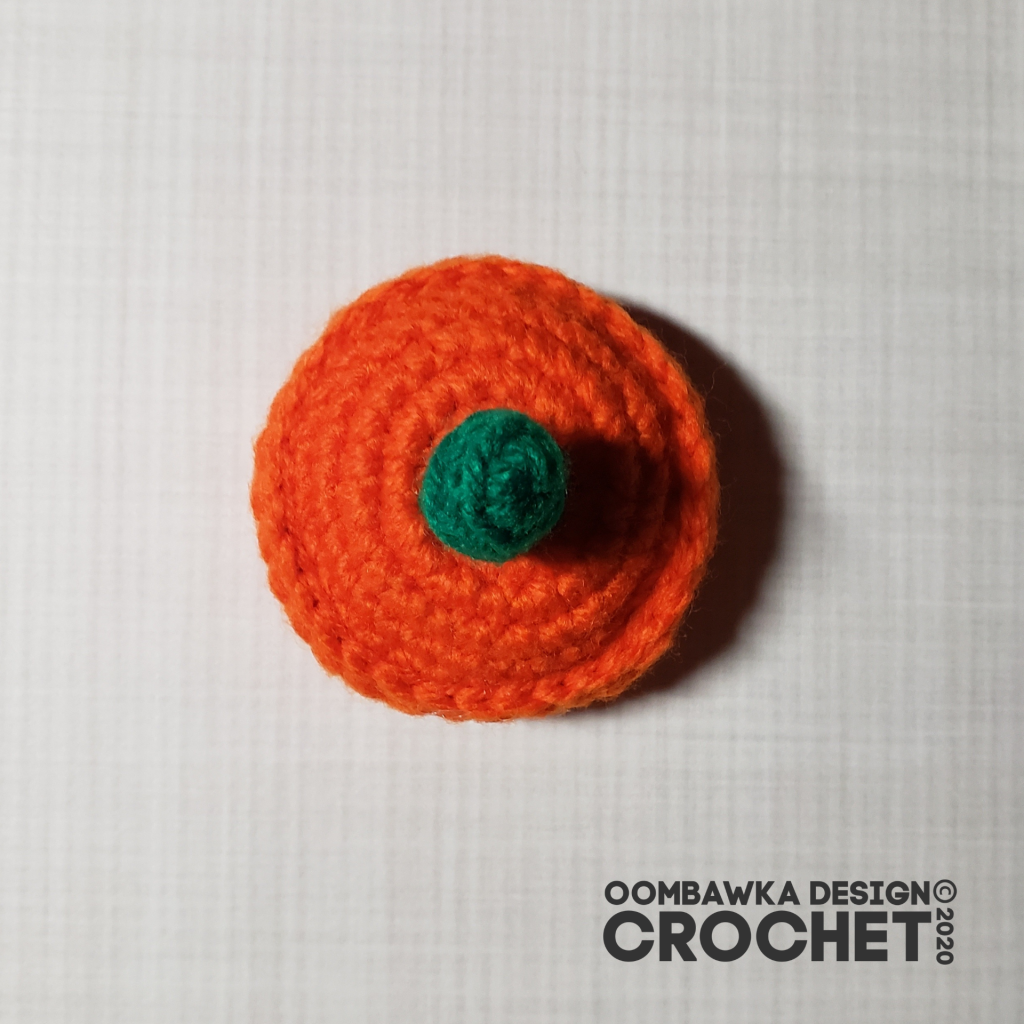 Crochet Pumpkin Tutorial 15 Lid #CALCentralCrochet #HalloweenCAL2020