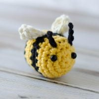 Small Bee Pattern Featured at Free Pattern Friday