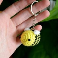 Tiny Bee Featured at Free Pattern Friday