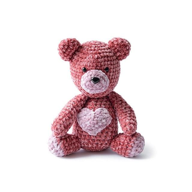 Velvet Teddy Bear at Yarnspirations FPF