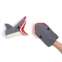 Jaws for Your Paws Kitchen Mitten available from Yarnspirations