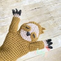 Featured Free Pattern Friday: Sloth Hand Puppet by Erin Greene