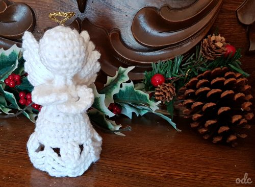 Christmas Crochet - Charity Angel OombawkaDesignCrochet