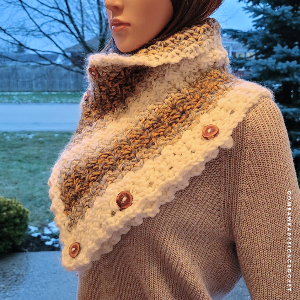2021 Here We Come Cowl Pattern by Rhondda Mol