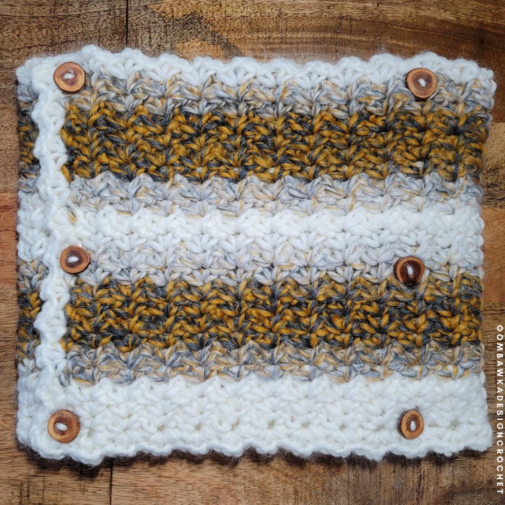 2021 Here We Come Cowl Pattern by Rhondda Mol #freepatterns #crochet #CAL #crochetalong #2020CAL #makeitwithmichaels #yarnspirations #furlscrochet  #ODCMakers  #caron #crochetcowl