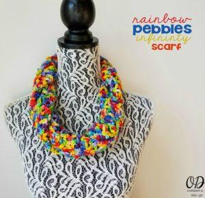 Rainbow-Pebbles-Infinity-Scarf-Free-Pattern-Oombawka-Design-12