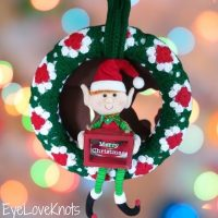 Featured Wednesday Link Party 378 - Christmas Wreath