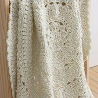 Secret Garden Round Baby Blanket - Free Pattern Friday