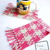 Pretty in Gingham Mug Rug - Free Pattern Friday