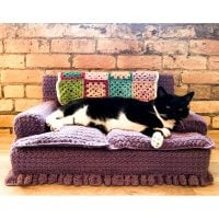 Red Heart Crochet Kitty Couch - Free Pattern Friday