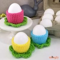 Simple Flower Egg Cozy - Free Pattern Friday